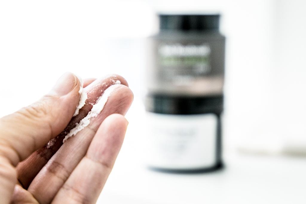 Josh Rosebrook Hair Cream review, texture is cream to oil