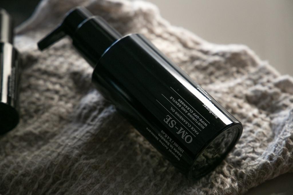 OM-SE review, OM-SE skincare review, OM-SE organic skincare review, OM-SE Face Cleansing Oil review